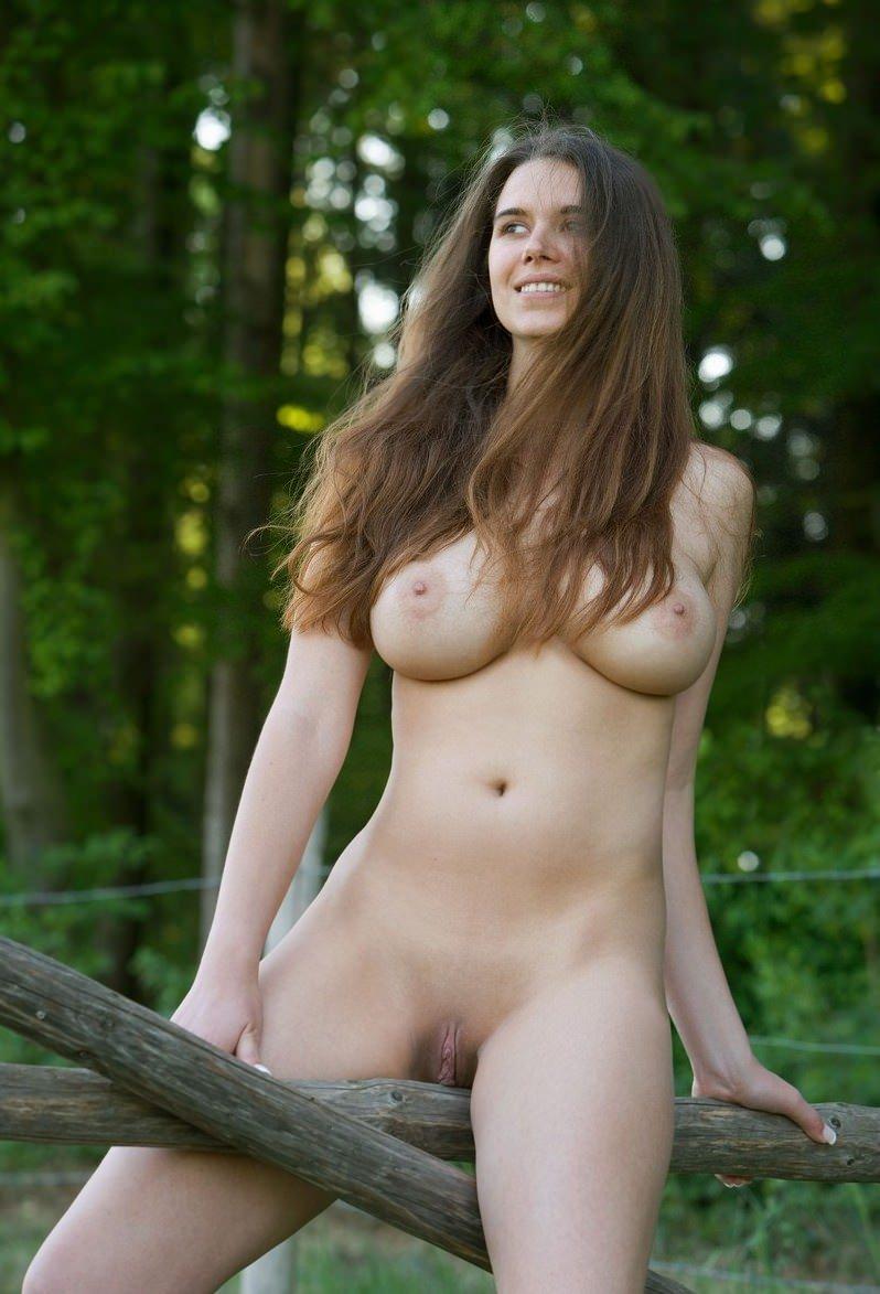Meadow sisto naked